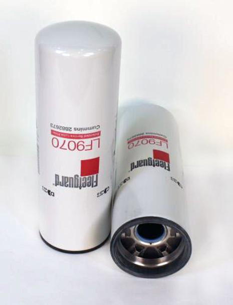 LF9070: Fleetguard Spin-On Oil Filter