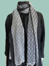 Pashmina Blend Shawl Grey\Black Diamond Pattern Blend