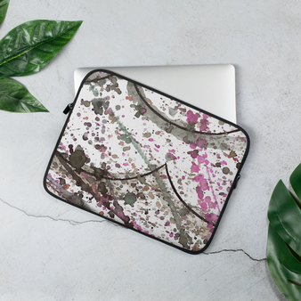 White 13 inch laptop case by Melsinki