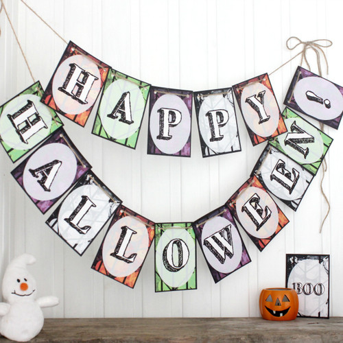 Halloween Bunting. Halloween Decoration. Trick or Treat. Halloween Banner. Halloween Party. Halloween Party Decorations. Halloween Bunting.