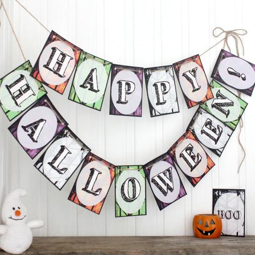 Halloween Bunting. Halloween Decoration. Trick or Treat. Halloween Banner. Halloween Party. Halloween Party Decorations. Halloween Bunting.