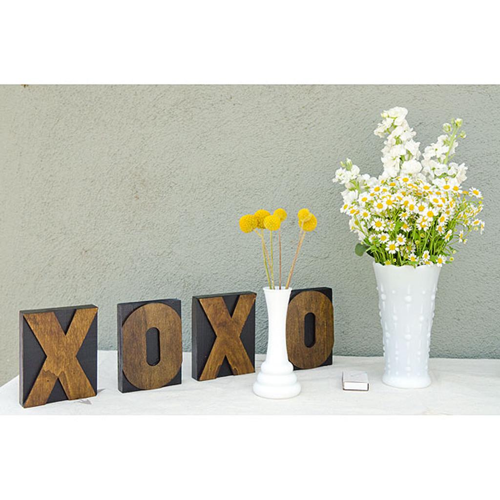 XOXO Wedding Display Project