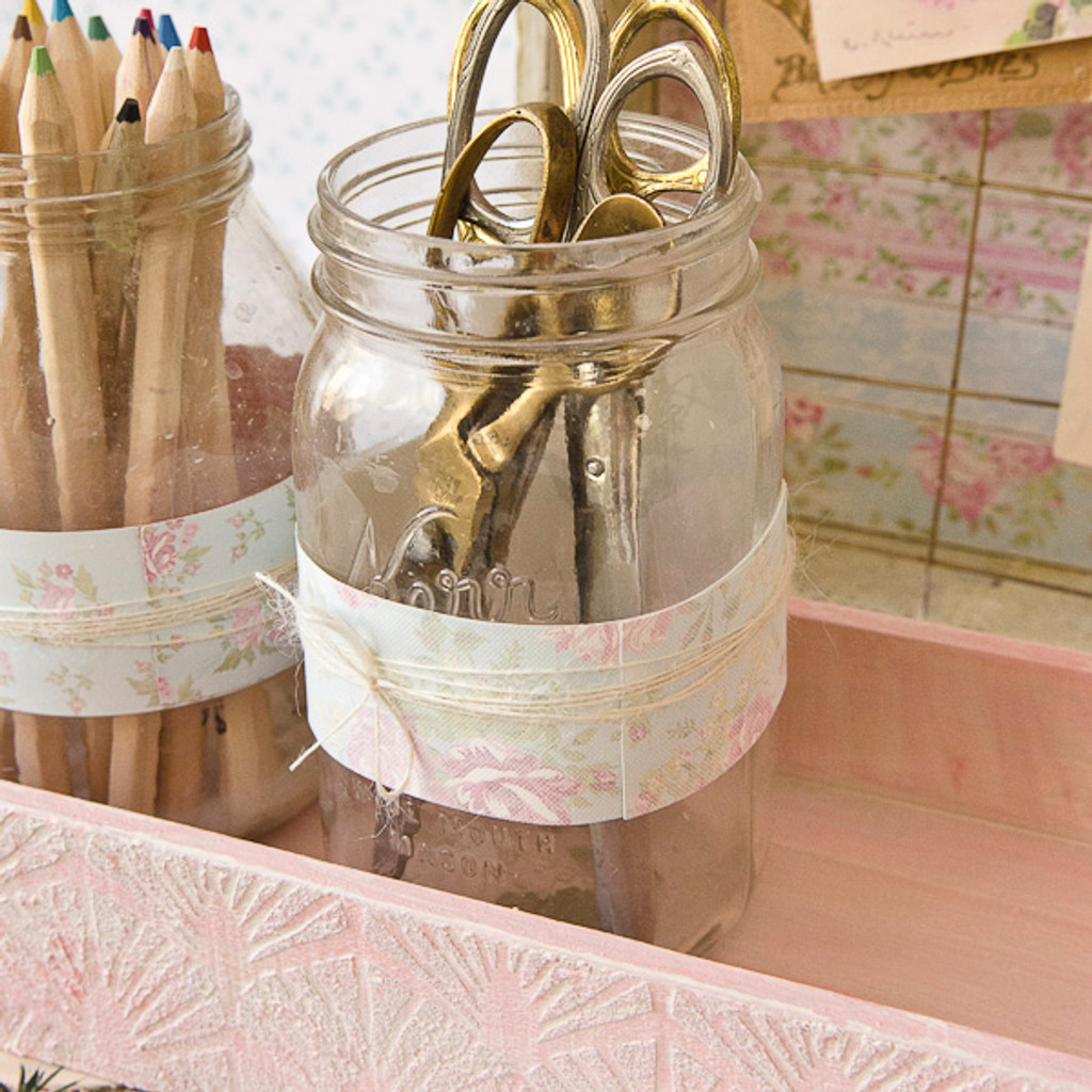 Shabby Chic Desk Décor Part 2: Desktop Storage with Mason Jars