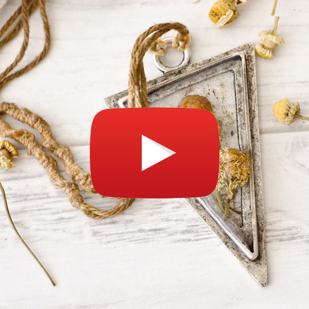 Chamomile Fields Necklace Video