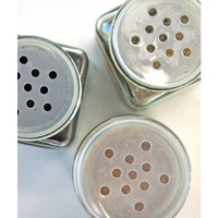 Round Black Lid Spice Jars — Set of 3
