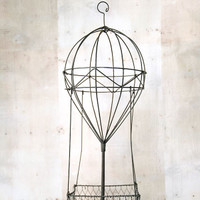 Wire Form Hot Air Balloon Basket