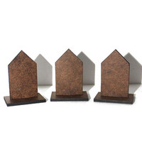 Chipboard Stand-Up Houses