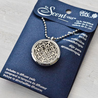 Aromatherapy Round Locket with Lace Design Details