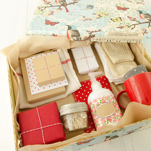 Artfully Arranged Gift Box Project