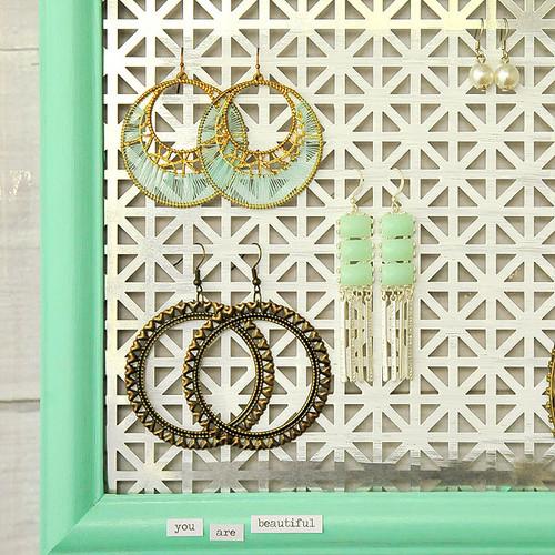 Repurposed Frame Earring Display Project