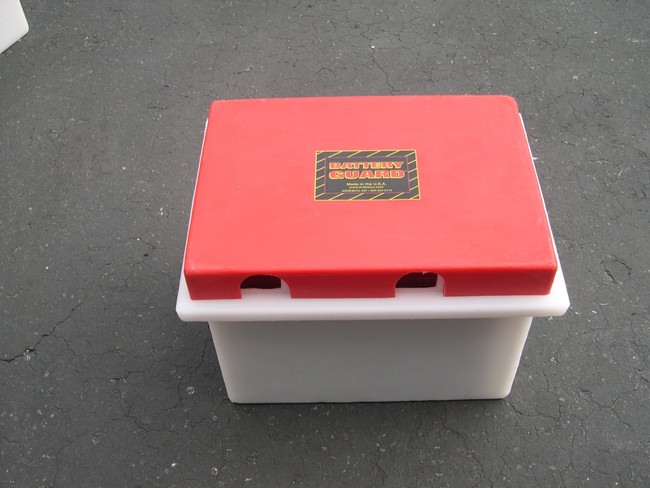 Battery Guard 02600 Standard Dual 6 Volt Battery Box