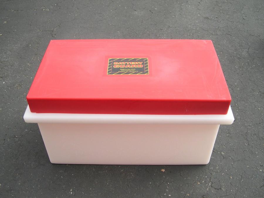 Battery Guard 08000 Single 8-D Battery Box