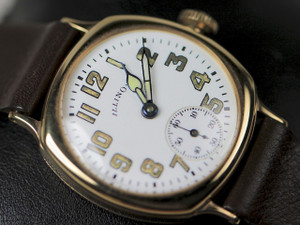 Dial Detail - Vintage Illinois Watch - Vintage Military Dial 14K Yellow Gold - www.Legendoftime.com - Chicago Watch Center