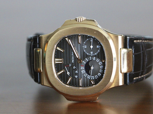 Patek Philippe Watch - 5712R Nautilus Rose Gold Moon phase Date Small Second Power Res BP
