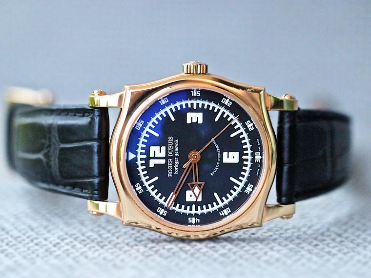 Roger Dubuis Sympathie S4357098 18K Rose Gold Black dial 43mm Automatic