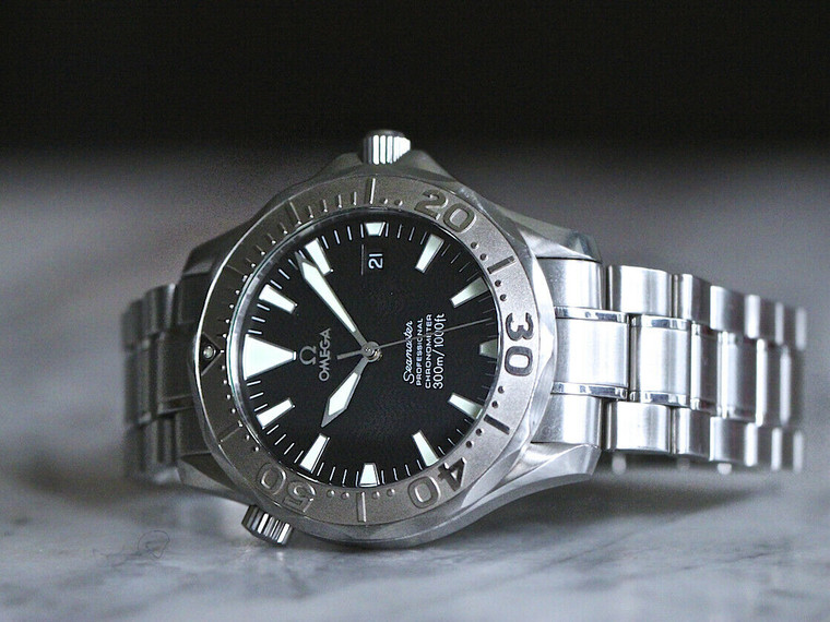 For sale OMEGA Seamaster 300M Auto Steel Black Wave Dial large Lume Markers DATE 2230.50
