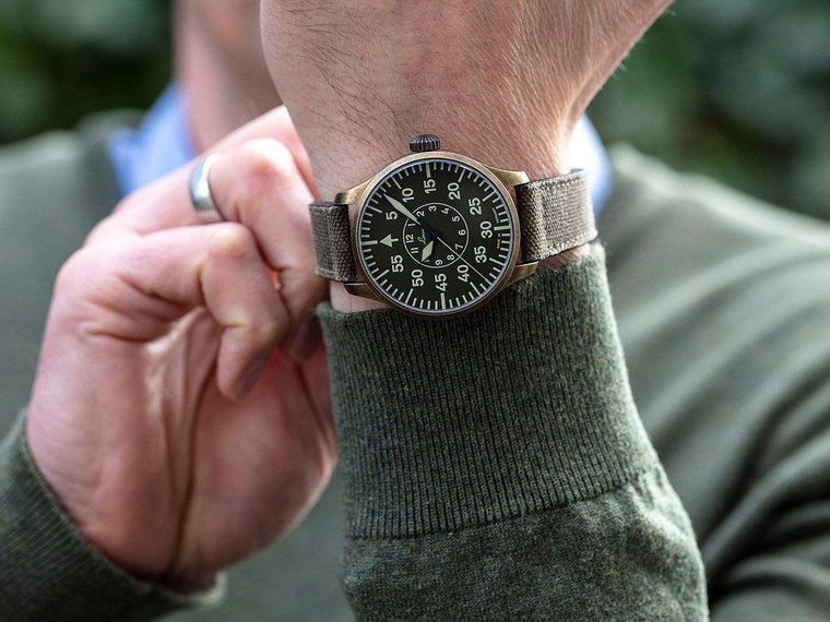 For sale - LACO 1925 PILOT WATCH BASIC AACHEN OLIV 42mm Limited Edition 250 WorldWide - Military style mens watch.  Available in Chicago - Legend of Time