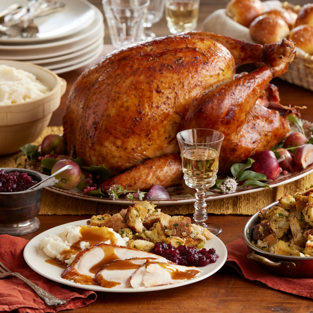 Traditional Turkey Dinner for 4 to 6