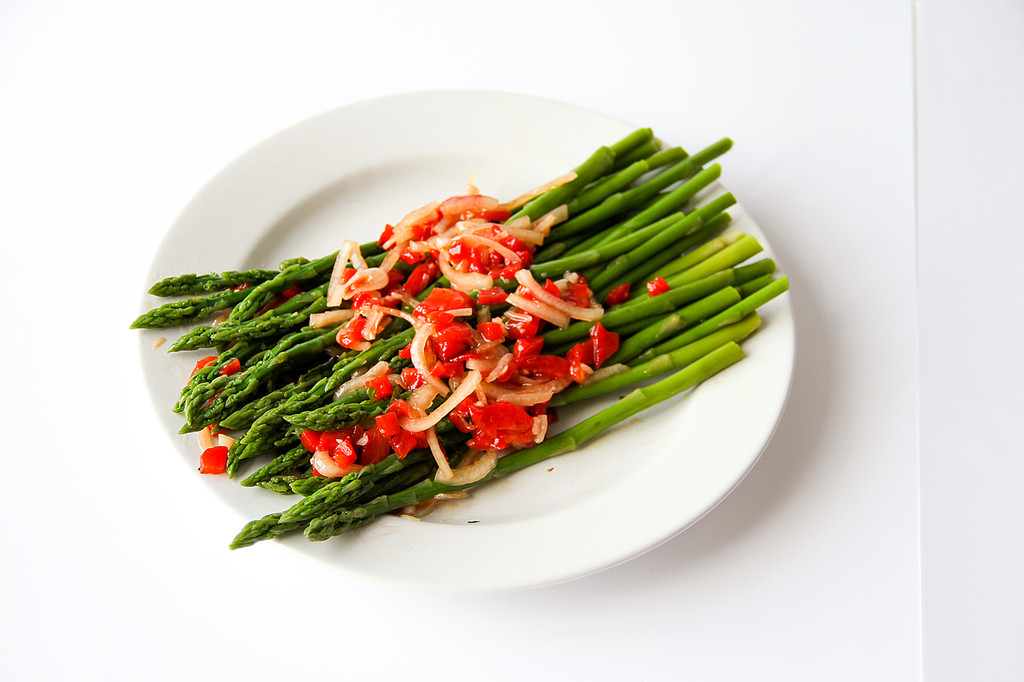 Asparagus with Red Pepper Vinaigrette