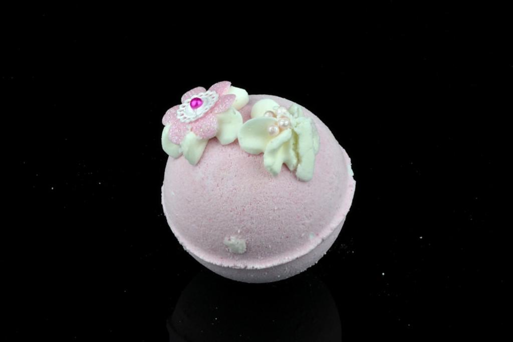 handmade natural bath bomb in cherry blossom