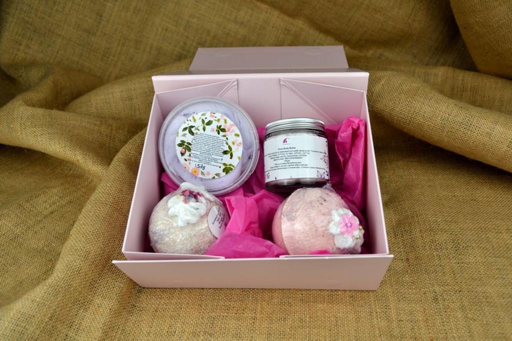 handmade bath and beauty gift