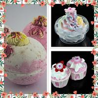 Handmade Strawberry Bath bomb gift set