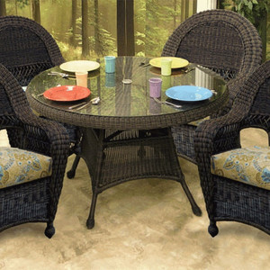 Charleston Outdoor Dining Collection