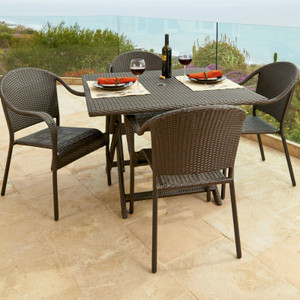 Villa Outdoor Dining Collection