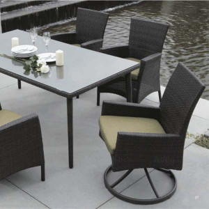 Palm Harbor Outdoor Dining Collection