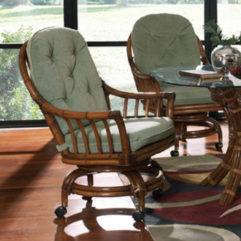 Walnut Grove 5 PC Dining Set with Caster Dining Chairs