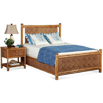 Summer Retreat Chippendale Complete Bed with Nightstand