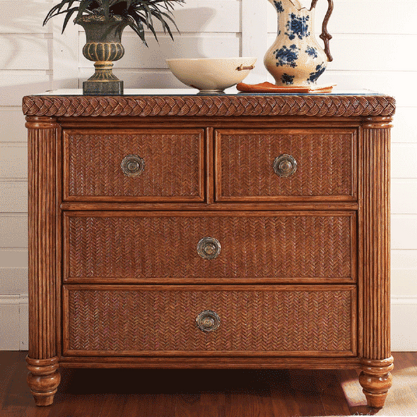 Harborside 4 Drawer Chest With Glass Top