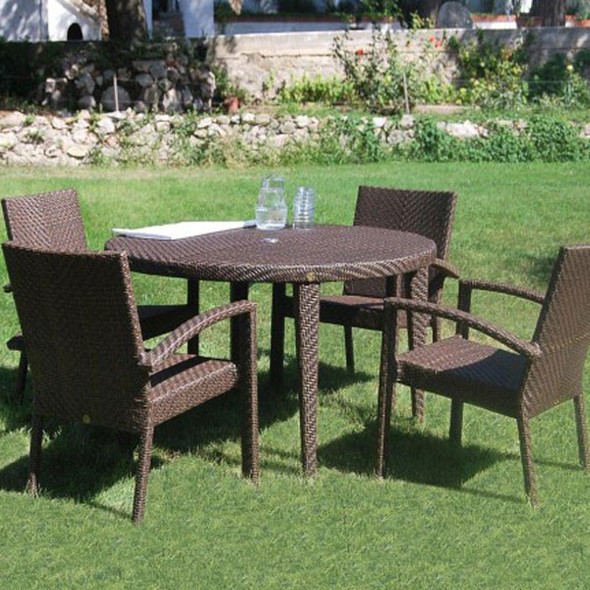 Soho Outdoor 5 piece Round Dining Set with 4 arm chairs