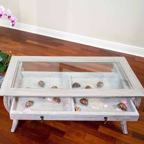 Cuba Cocktail Table with Glass in Rustic Driftwood finish