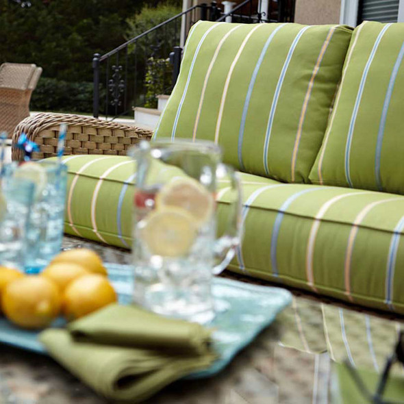 El Dorado Outdoor Sofa - close-up