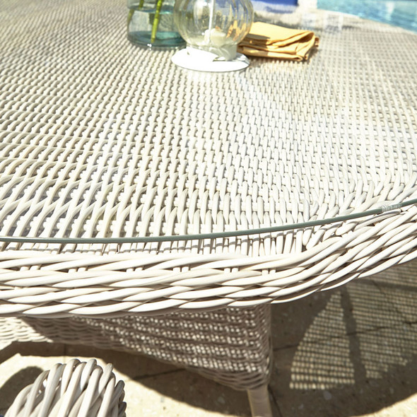 """Paddock Outdoor 59"""" Table - close-up"""