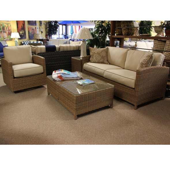 Lodge Outdoor 4 piece Seating Set
