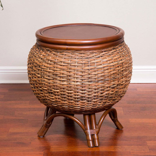 Bermuda End Table in Sienna finish