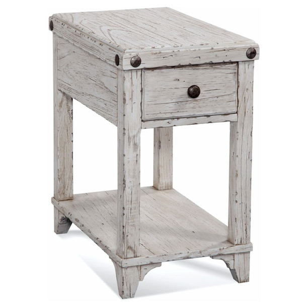 Artisan Landing Chairside Table in Hatteras finish