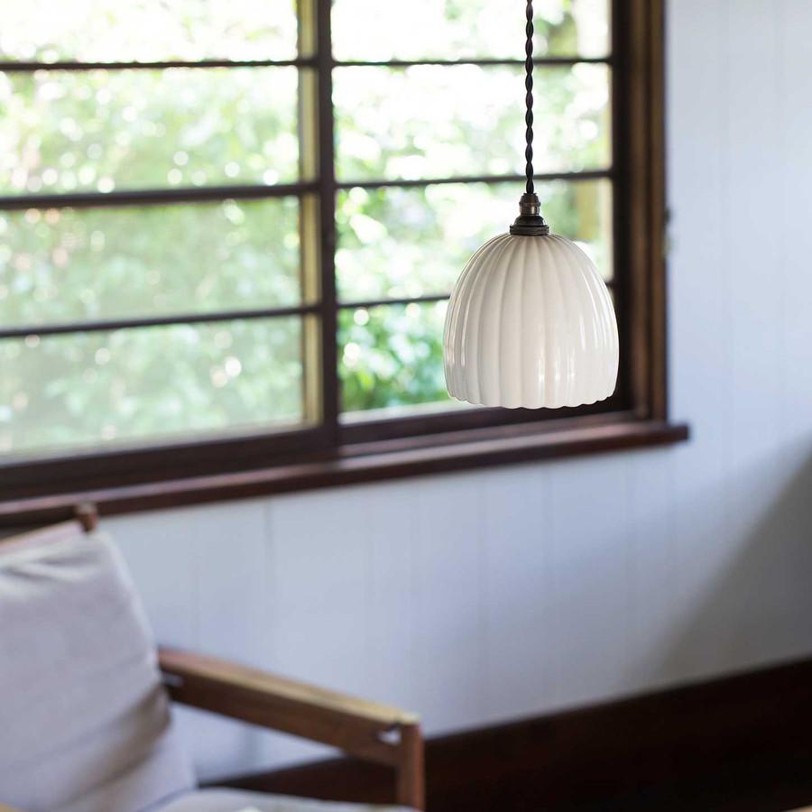 Abat-jour japonais en porcelaine Jicon