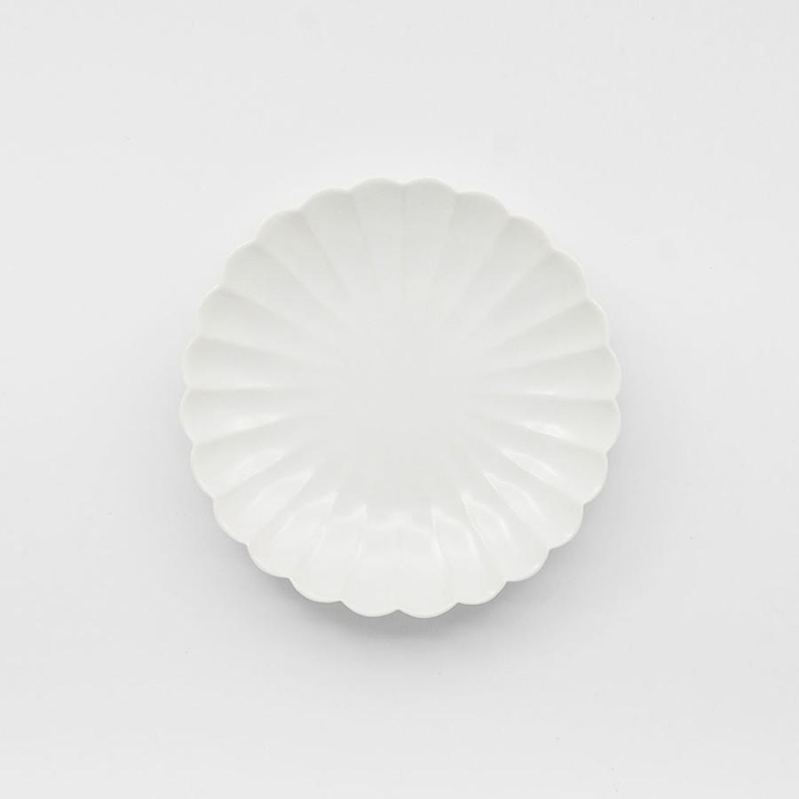 Petite assiette japonaise en porcelaine en forme de chrysanthème