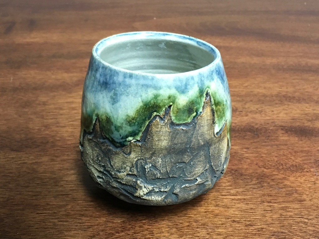 Mountain Cup, roughly 12-13 Ounce Size (SK467)