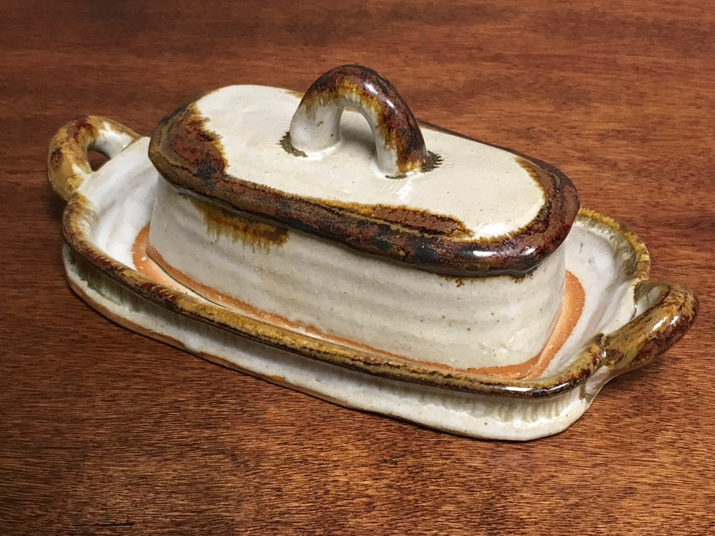 "Nuka Iron Butter Dish, roughly 9"" long with handles by 4.5"" wide by 3.5""tall, including the tray (SK2945)"