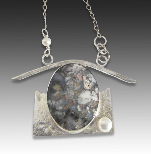 Sterling, agate and pearl.