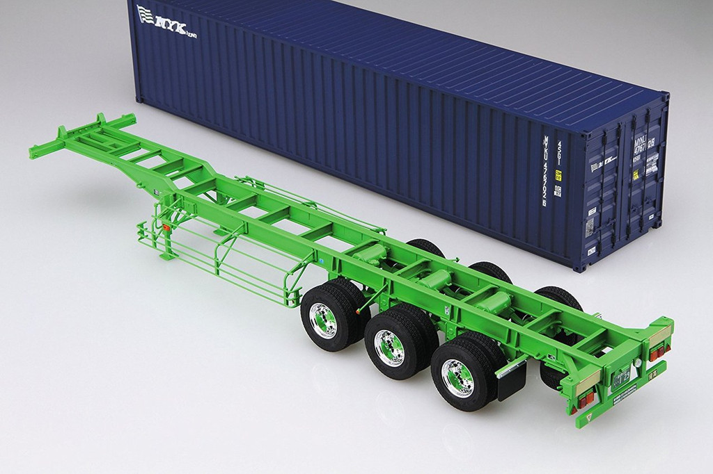 Aoshima 51948 40 Feet Sear Freight Container 3AXIS 1/32 scale kit