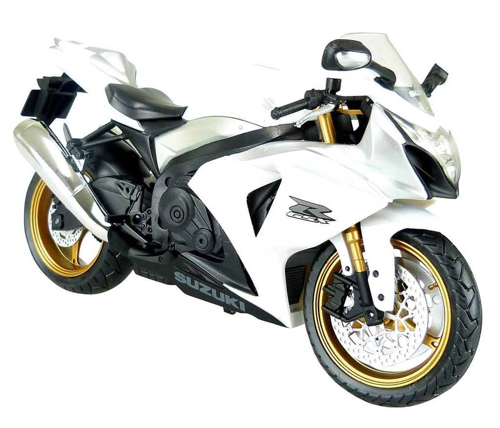 Aoshima Skynet 88494 Suzuki GSX R1000 (White) 1/12 Scale Model