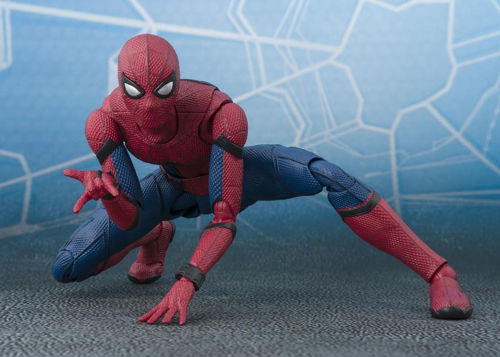 Bandai 161103 S.H. Figuarts Spiderman (Homecoming) Figure
