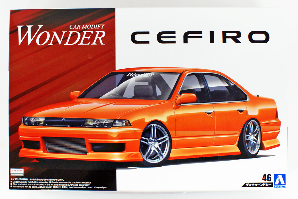 Aoshima 55137 Wonder A31 Cefiro (Nissan) 1/24 scale kit