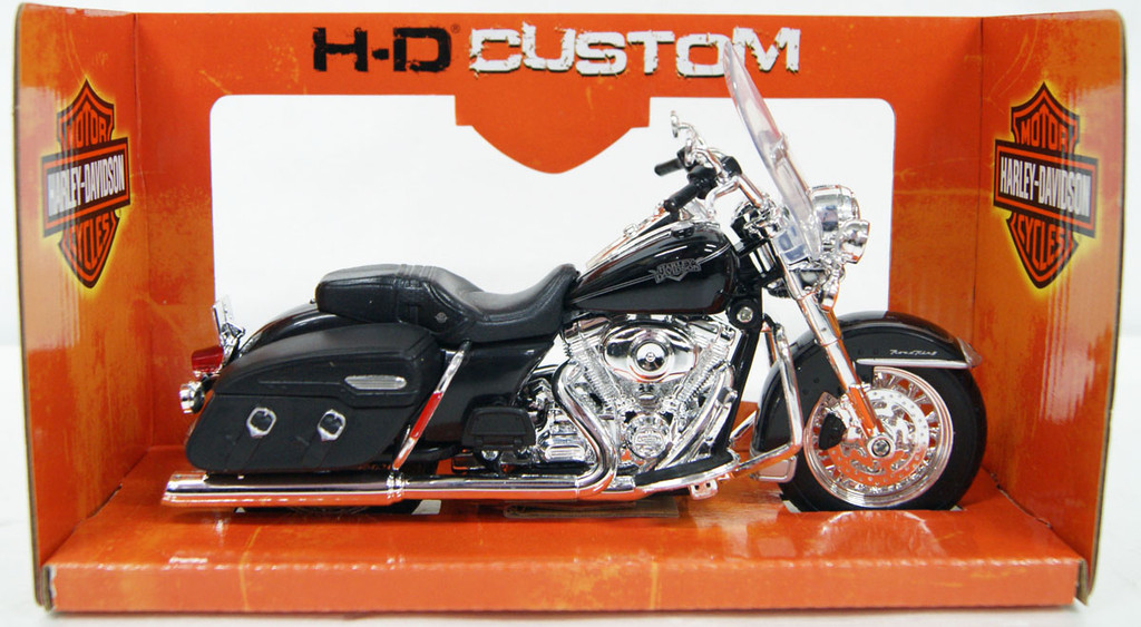 Aoshima Skynet 04392 Harley-Davidson FLHRC Road King Classic 1/12 Finished Model