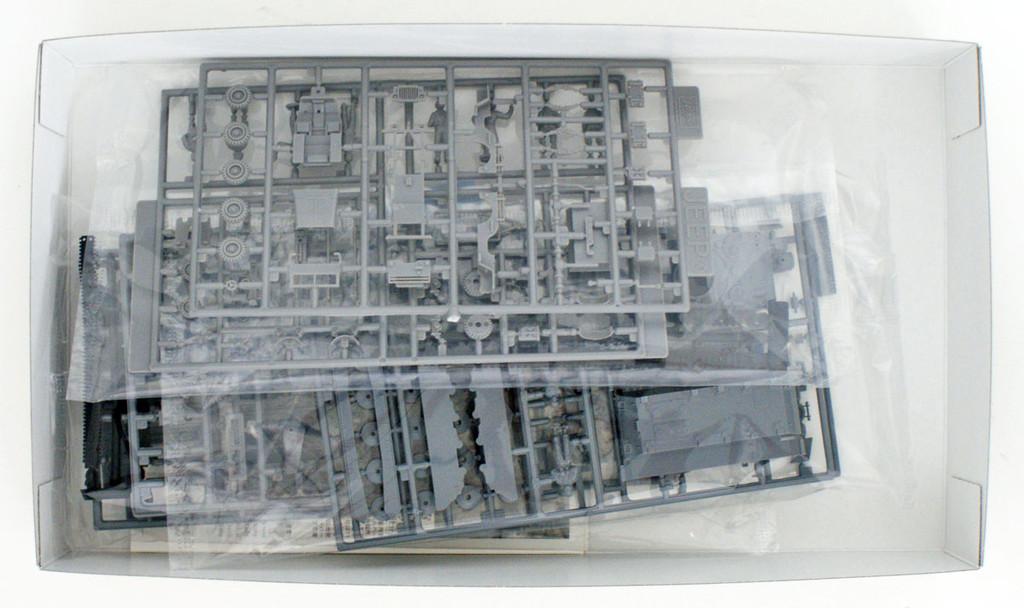 Hasegawa 30056 IJA / JPR M24 Chaffee & M3A1 Half Track & 1/4 ton 4x4 Truck 1/72 Scale kit